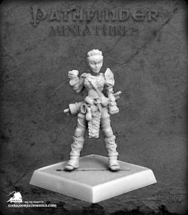 Pathfinder Miniatures: Kess, Iconic Brawler