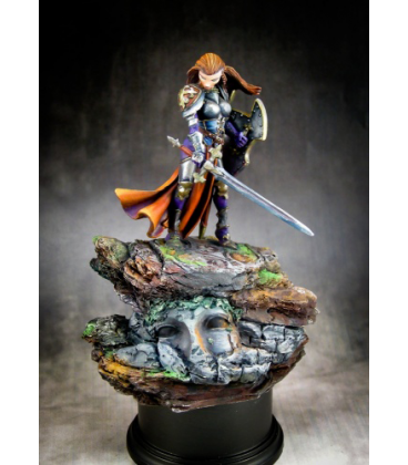 Finari, Crusader (54mm) (painted by Michael Proctor)