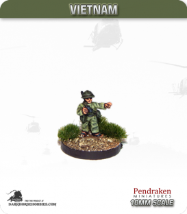 10mm Vietnam: NVA/VC - Officer in Pith Helmet with AK-47 (slung) - Pointing