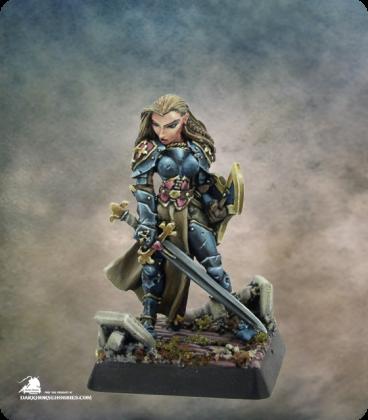 Warlord: Crusaders - Finari, Justicar Hero (painted by Angela Imrie)